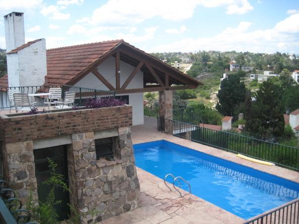 d650e76cdfb5e Alquiler Temporario Villa Carlos Paz Casa Pileta Cancha de Tenis ...