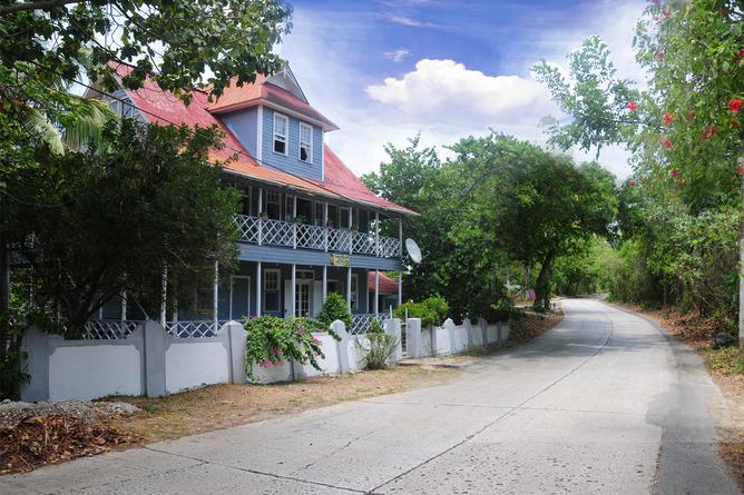 Arriendo temporario de casa en San andres island