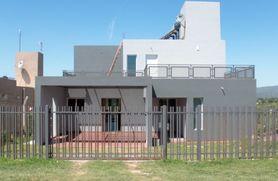 Alquiler temporario de casa en Villa parque siquiman