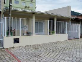 Alquiler temporario de casa em Itapema